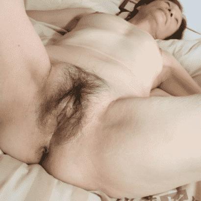 Oma muschi mit haaren