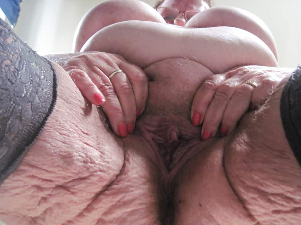 Oma fotze alte Oma Sex