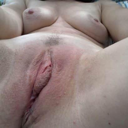 Rasierte Frau