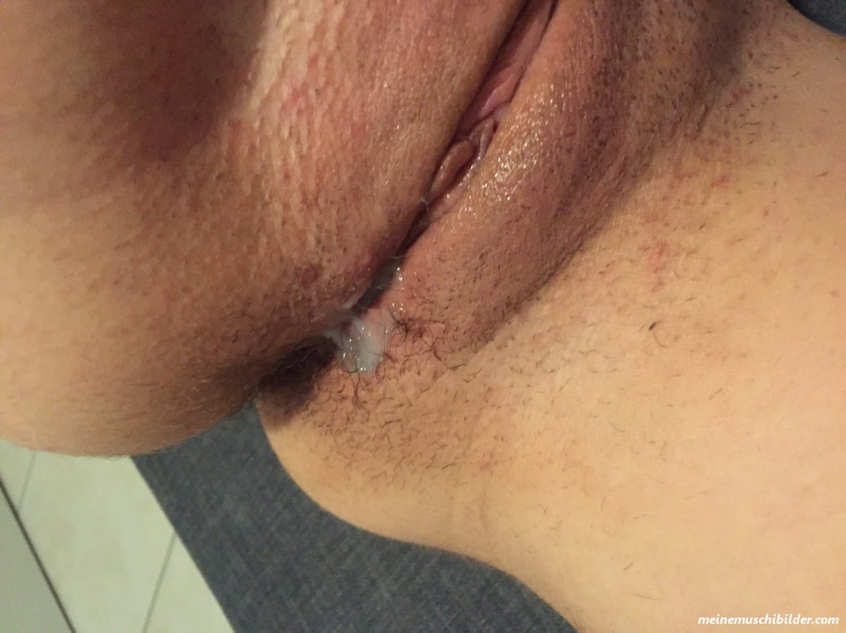Rasierte muschis feuchte Rasierte Muschis
