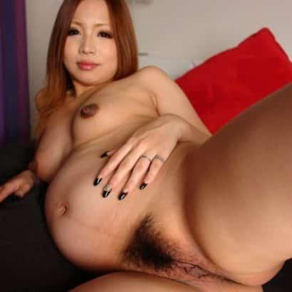 Asiatisches behaartes Schwangeres Loch