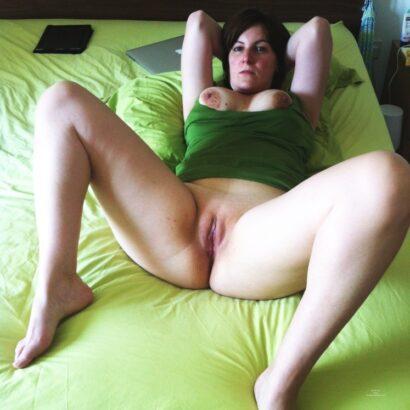 Geile Fotzen komplett nackt