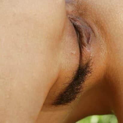 Vagina mit paar Haare